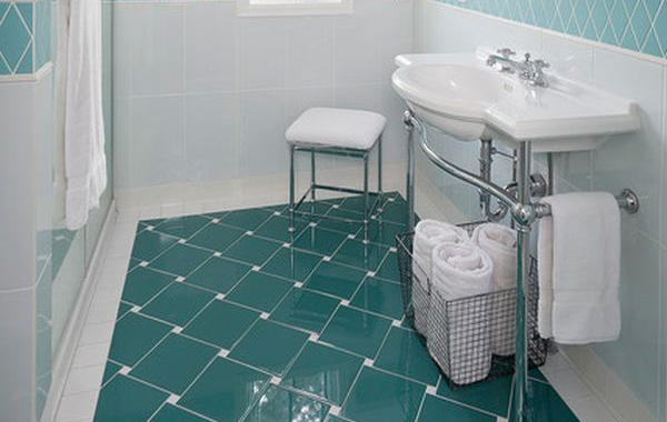 how much does it cost to tile a bathroom