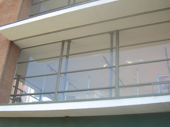 Servimalla  Mallas de Seguridad  Ventanas  Balcones