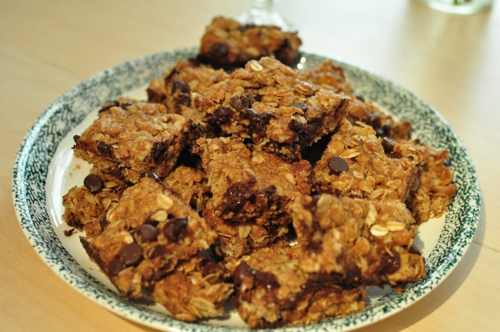 Kid and Adult Friendly Granola Bars