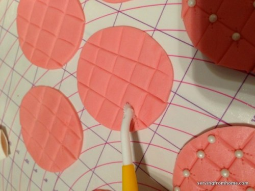 Rolled and detailed fondant circles