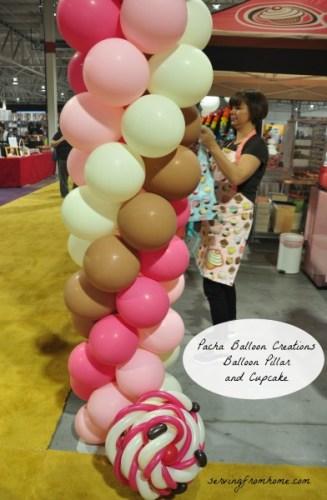 Ballon pillar and cupcake