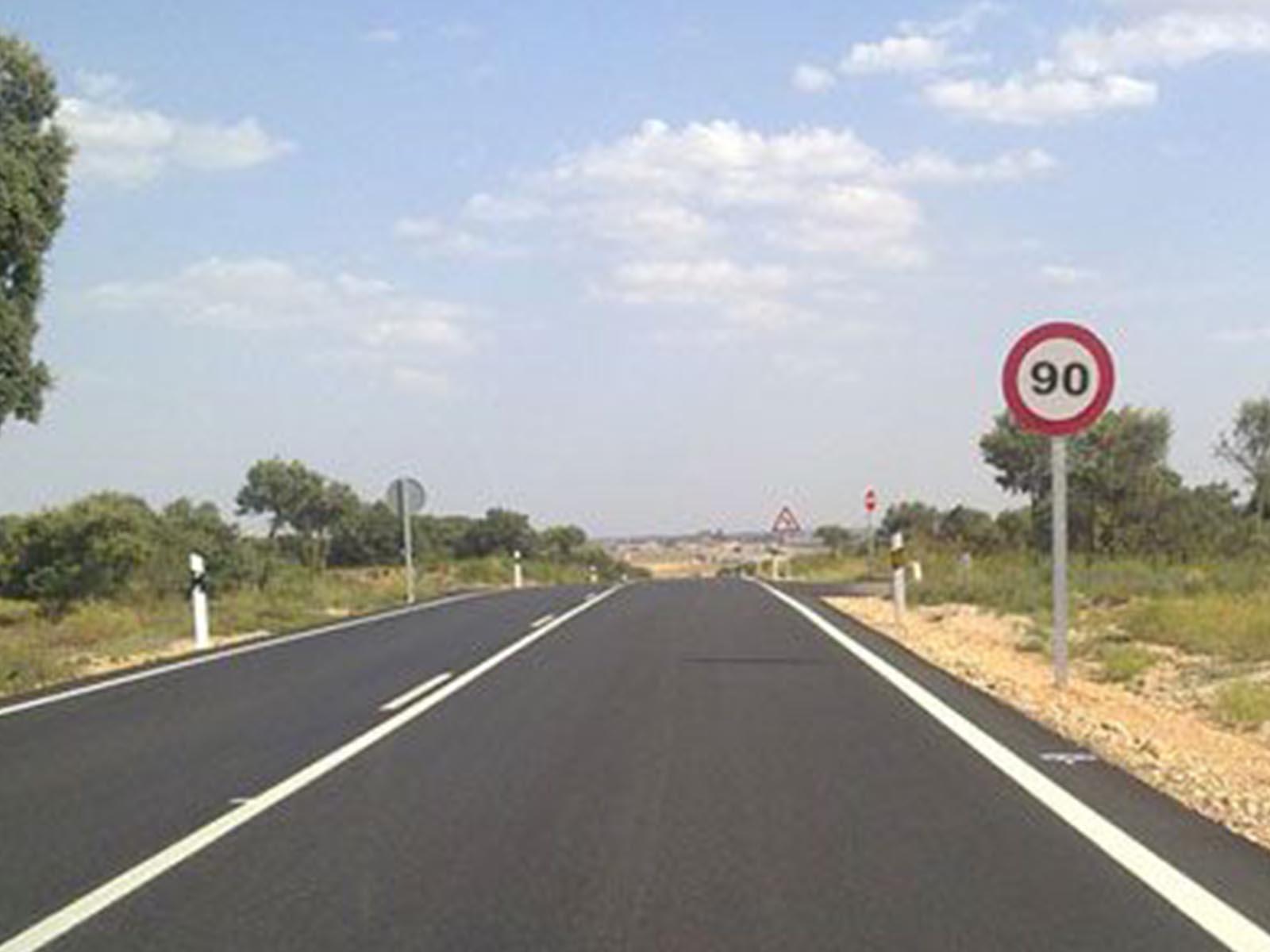ServyCar-Taller-mecanico-automovil-multimarca-zaragoza-centro-Blog-imagen-principal-Servycar-EstamosEnElCentro-201808xx-02_1600x1200 - Tráfico reduce a 90 km/h el límite en carreteras secundarias