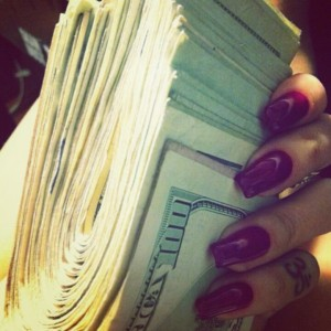 uang tumpukan by Pinterest
