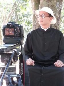 Romo Prenthaler SJ ilustrasi film Pedibus