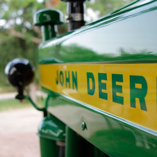 Diseño web muitual John Deere