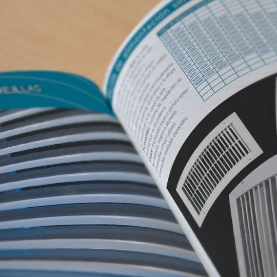 diseño de catalogo para fredair