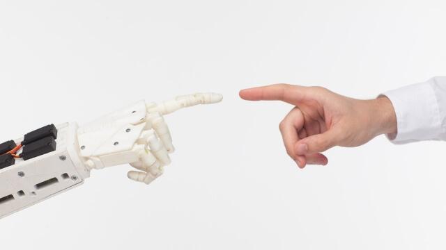 人工股関節置換術とロボット手術