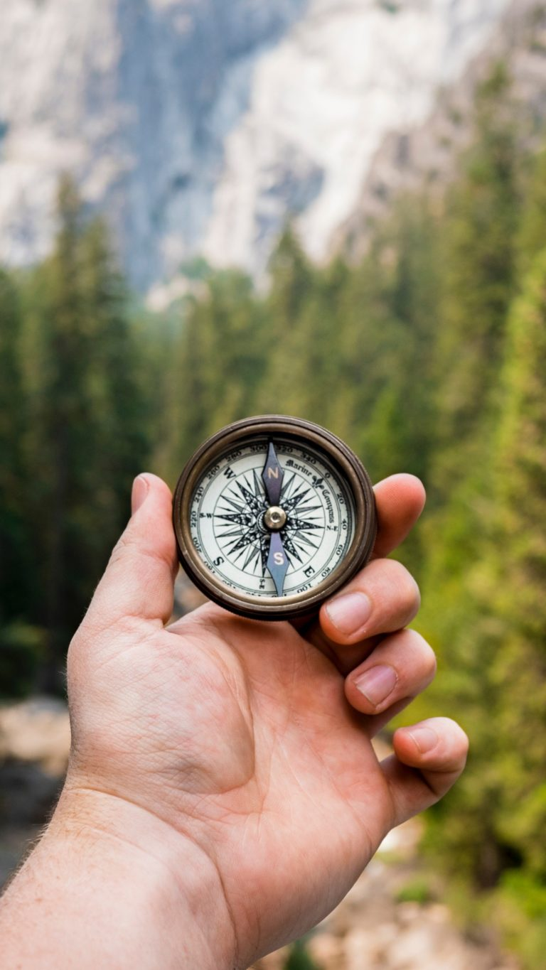 Solid Color Wallpaper Iphone 5 Compass Hand Direction Wallpaper 1440x2560