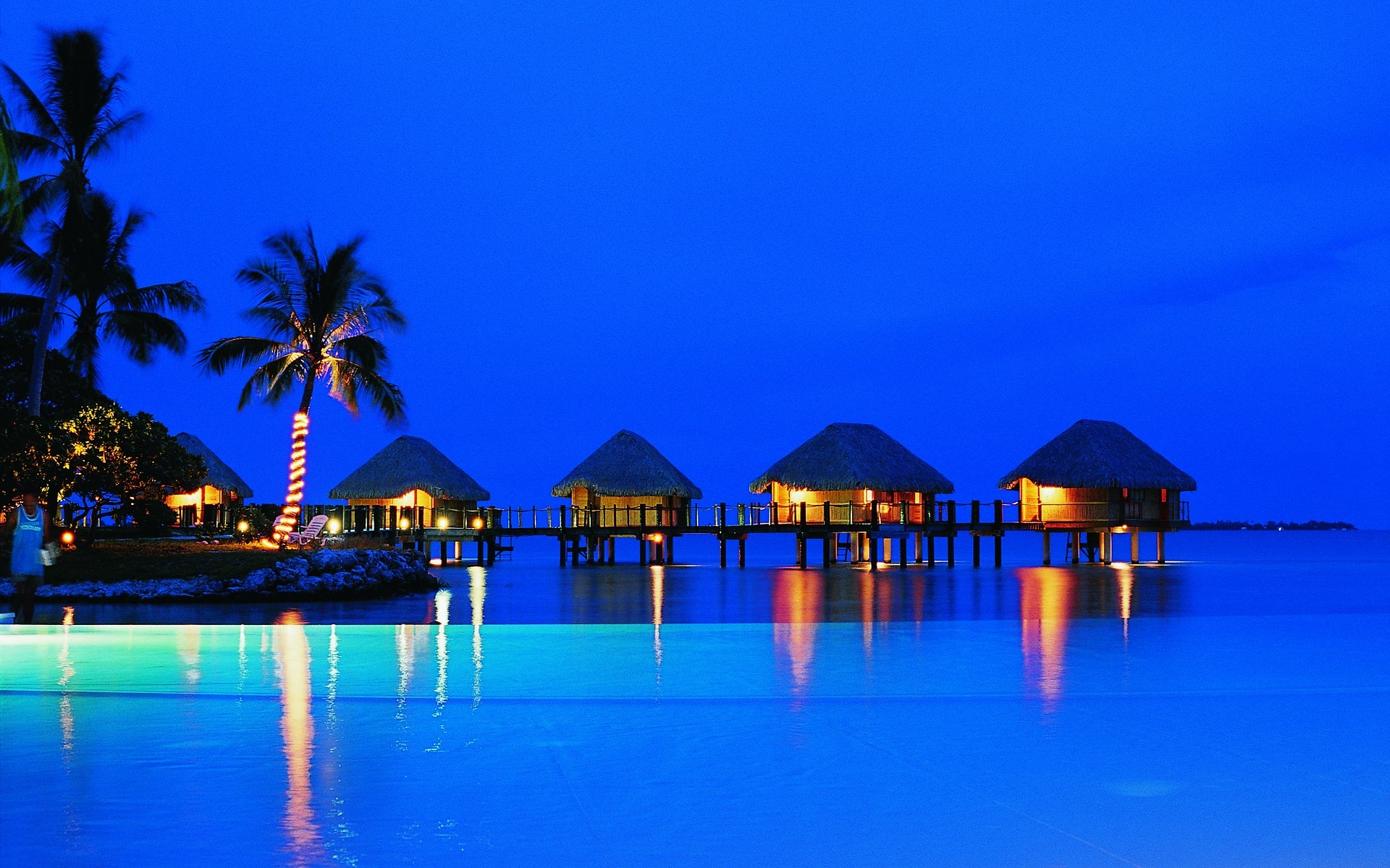 Beach Resort Wallpaper 21  1920x1200