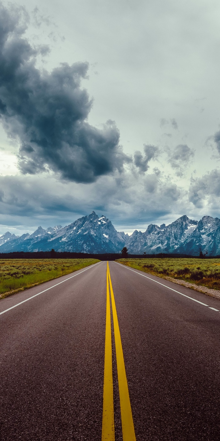 Hd Vertical Car Wallpapers Road Field Horizon Mountains Clouds Sky 720x1440