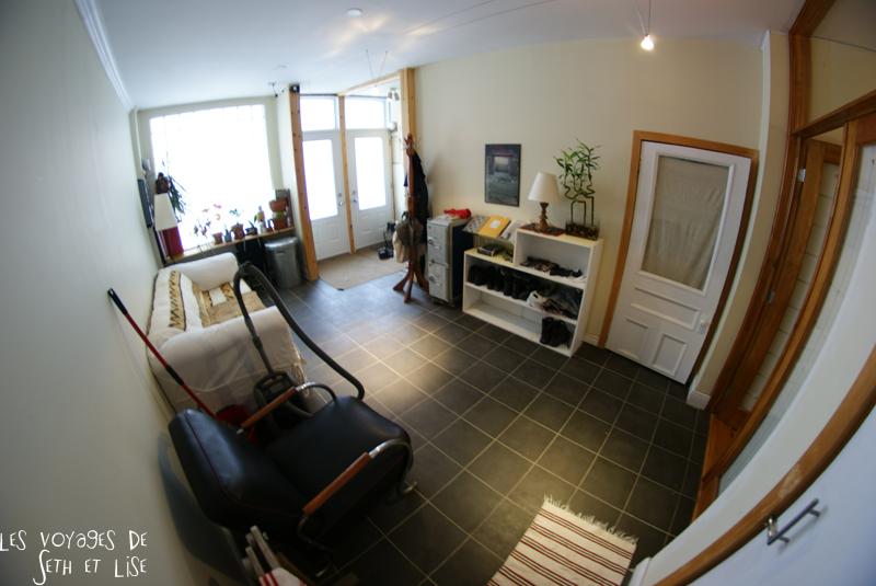 blog voyage canada pvt montreal backpacker home barber shop house