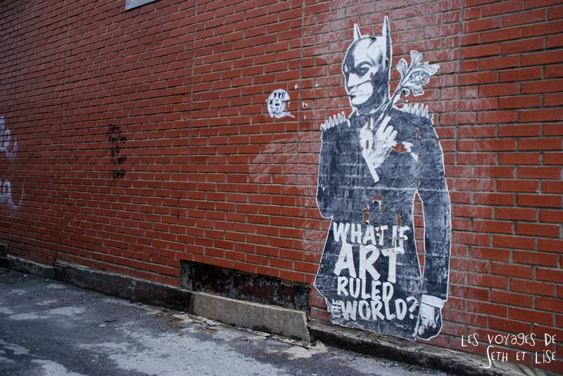 blog voyage canada pvt montreal mile end insolite batman street art domine monde