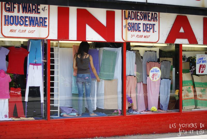 blog photo canada toronto pvt humour whv honest ed bargain vintage shop showcase girl