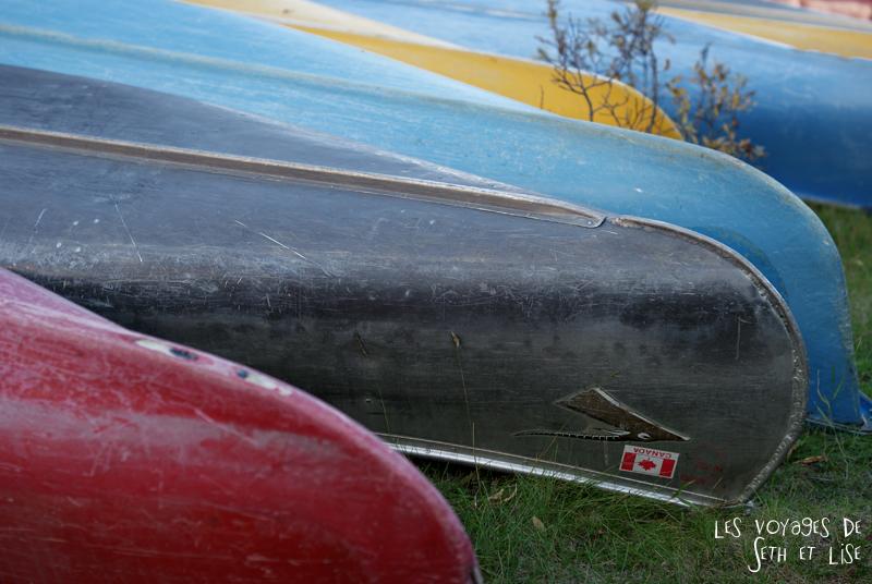 blog photogaphie pvt pvtiste canada alberta rocheuses montagne couple voyage tour du monde paysage nature lac lake moraine canoe