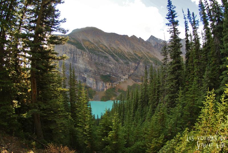 blog pvt photographie pvtiste canada alberta rocheuses rockies moutains voyage montagne couple tour du monde nature parc national lac lake louise foret