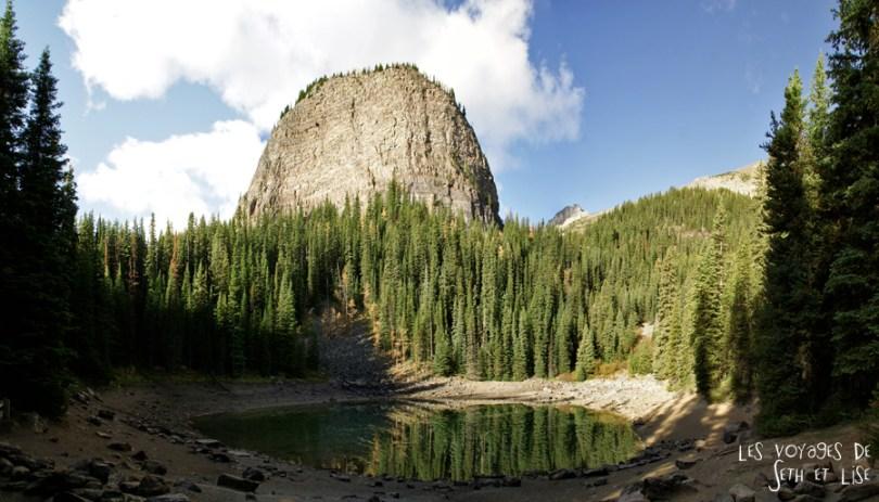 blog pvt photographie pvtiste canada alberta rocheuses rockies moutains voyage montagne couple tour du monde nature parc national lac lake mirror miroir reflect
