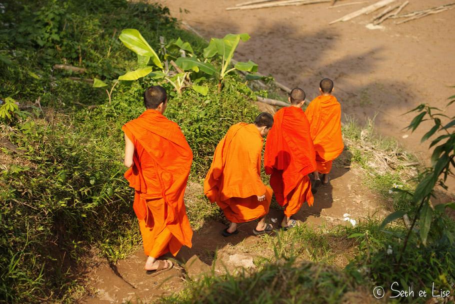 moine laotien
