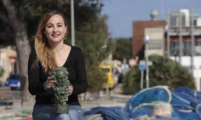 Imatge de Silvia Venegas amb l'estatueta l'any passat