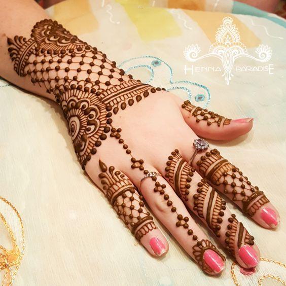 mehndi for college girls