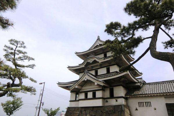 Takamatsu Castle's Moon-viewing tower