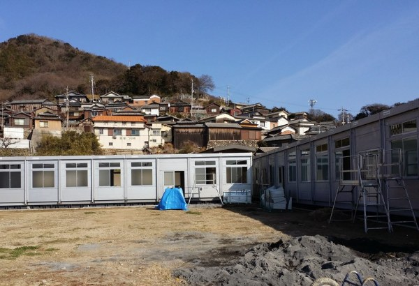 Building the new school - 1