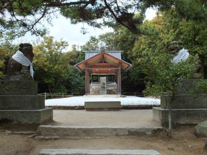 Go'o Shrine - Naoshima - 01