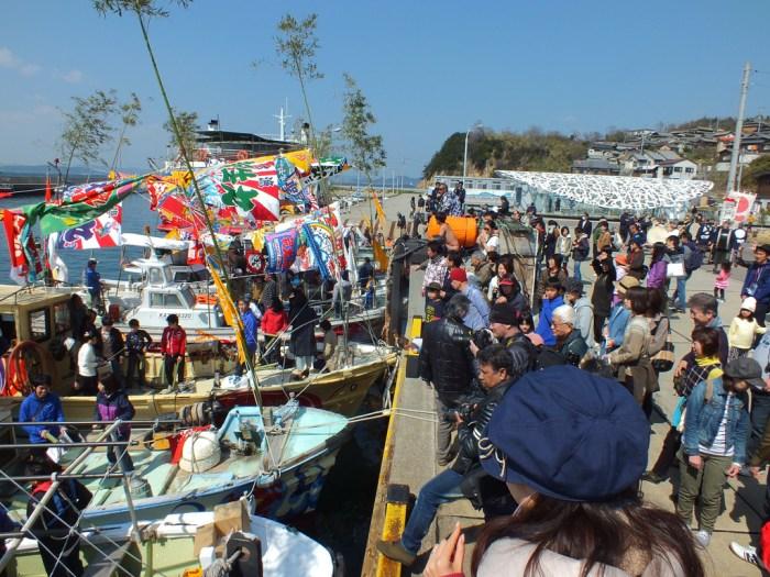 16 - Team Ogi Boat Dance