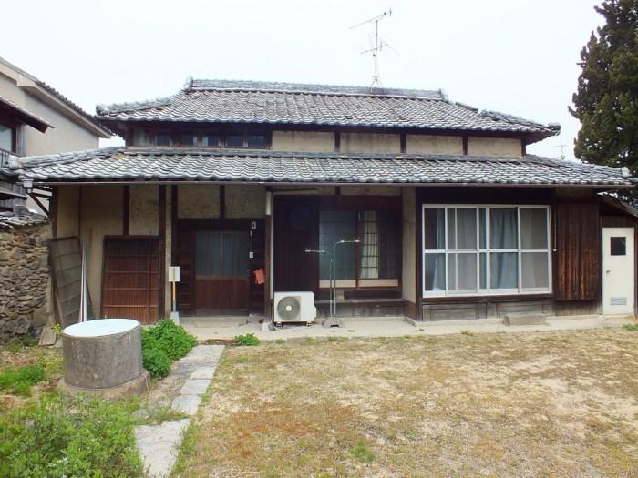 11 - Lemon Hotel site on Teshima