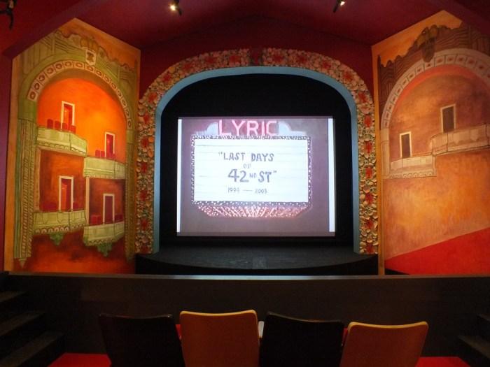 Yoichiro Yoda - Island Theatre Megi - 15