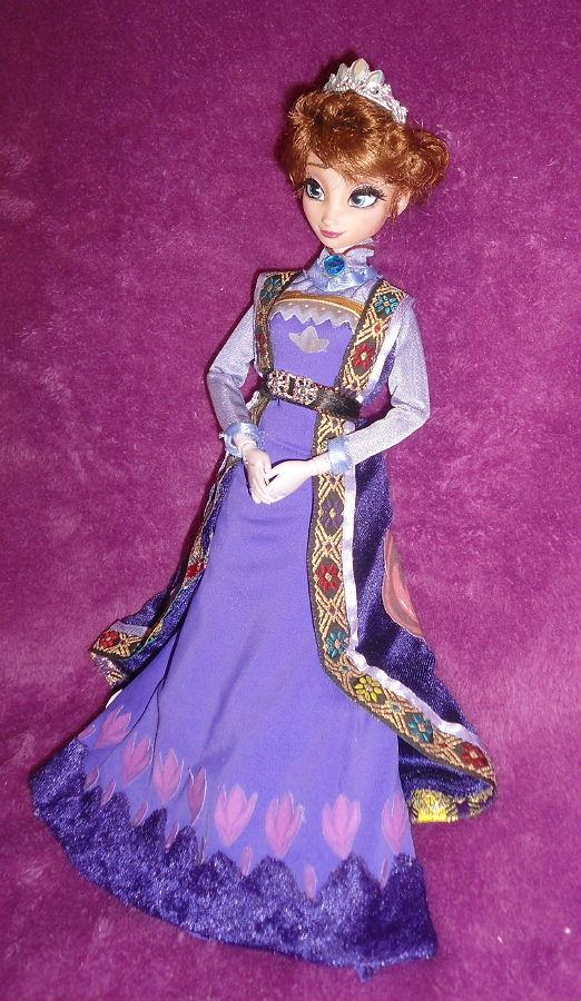 King Agdar  Queen Idun from Frozen 11 Dolls