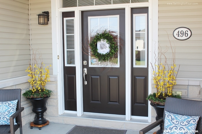 4 Tips to Enhance Your Front Entry // Outdoor Seating and