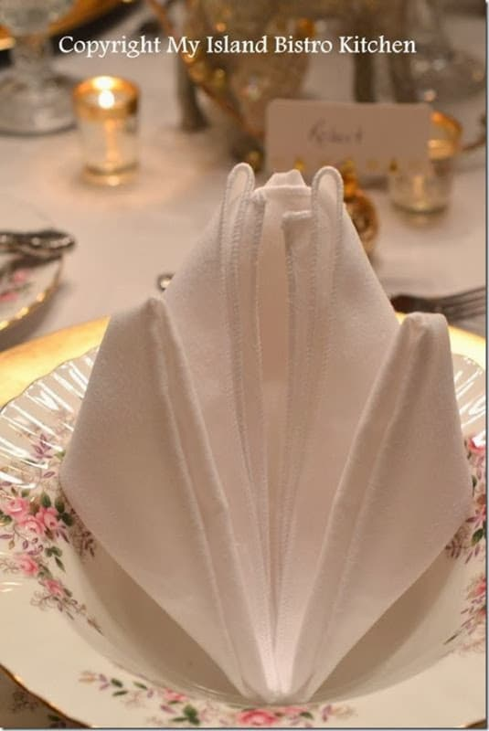 fold up kitchen table home depot glass tile backsplash 20 plus napkin folding styles - page 5 of setting for four