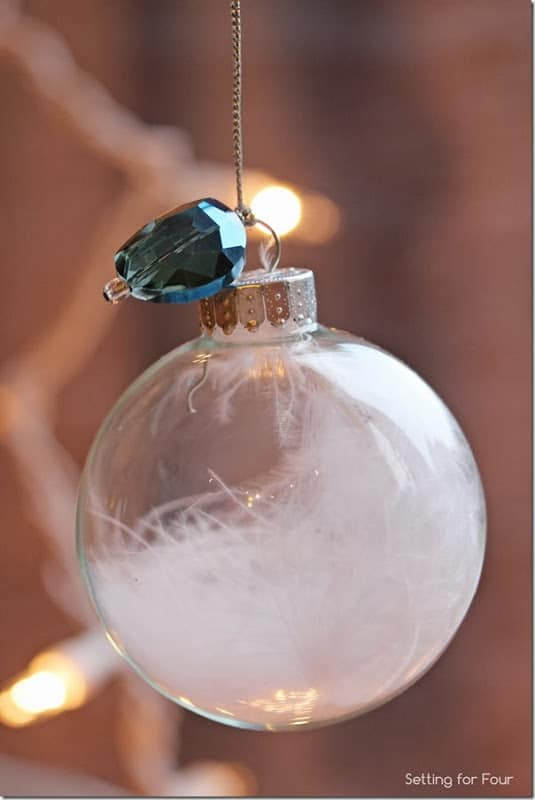 15 Minute Clear Ball Christmas Ornament Setting For Four