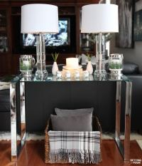 5 TIPS TO DECORATE ACCENT TABLES LIKE A PRO! - Setting for ...