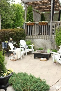 Simple Summer Fire Pit Seating Area - Setting for Four