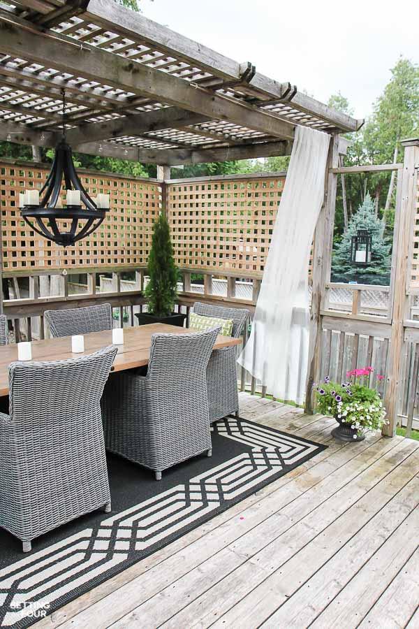 easy diy outdoor curtain rods in 10