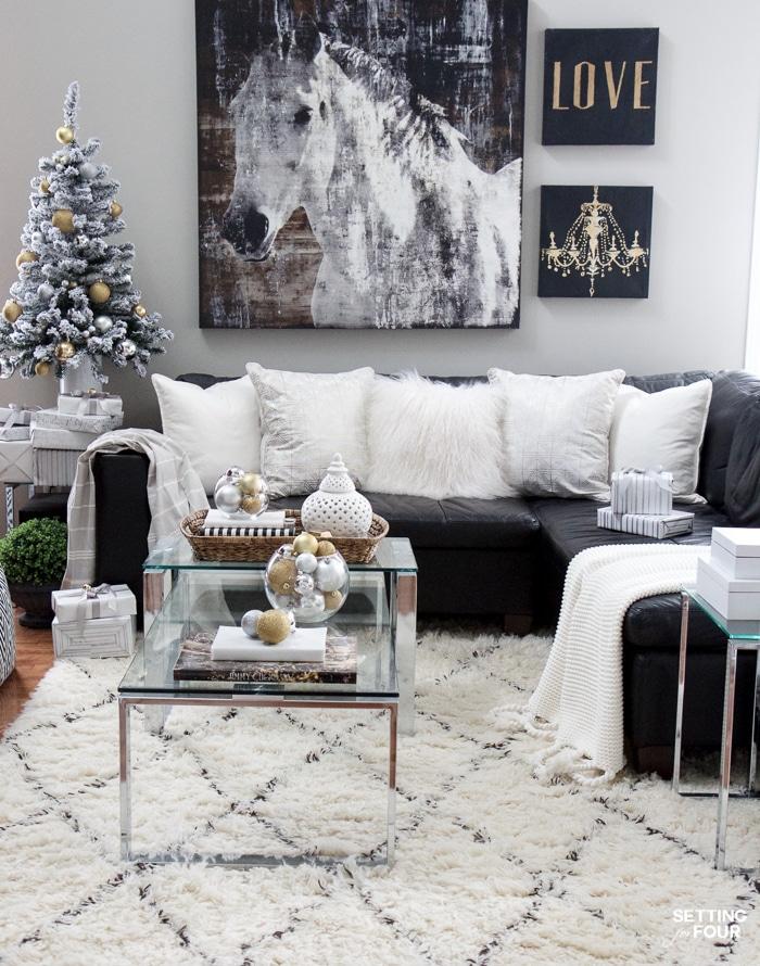 Christmas Family Room Decor Ideas Setting For Four