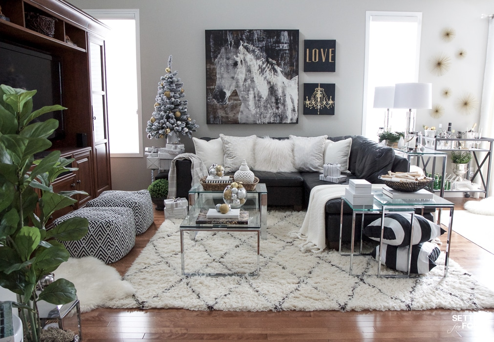 Christmas Family Room Decor Ideas Setting For Four