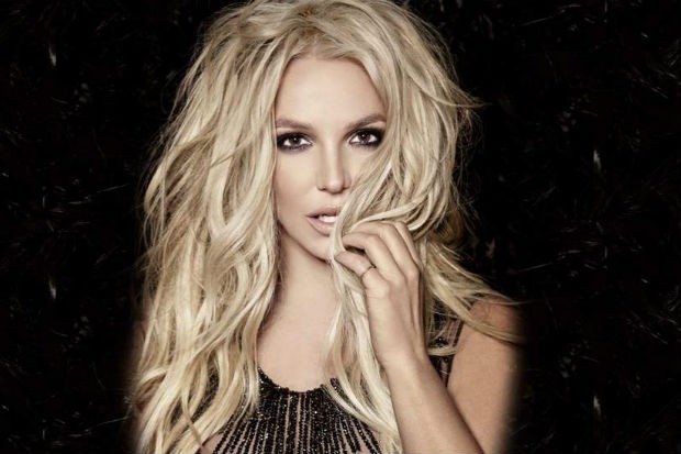 Britney Spears enamora con alocado y sexy baile (VIDEO)