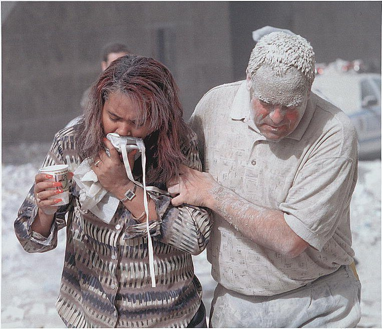 dust_covered_911_victims