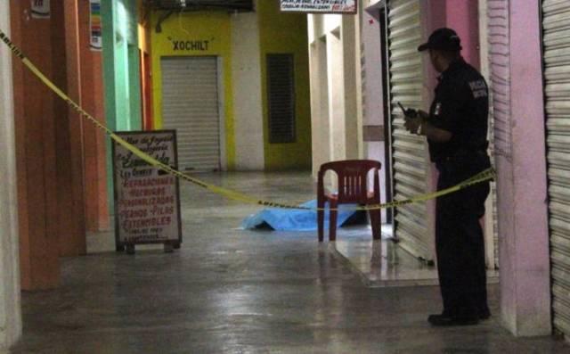 Matan a una persona dentro de un mercado de Playa del Carmen