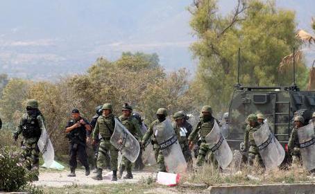 Mueren cinco presuntos 'huachicoleros' en enfrentamiento en Puebla