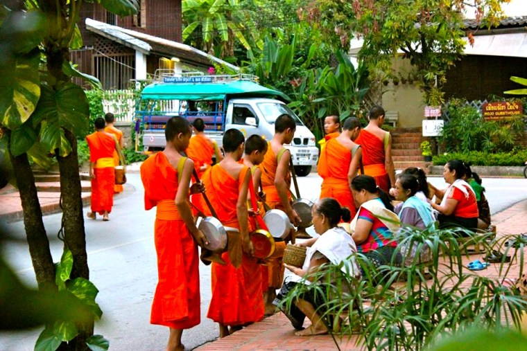 Alms Giving Ceremony in Luang Prabang, Laos. Photo by Seven Continents Sasha