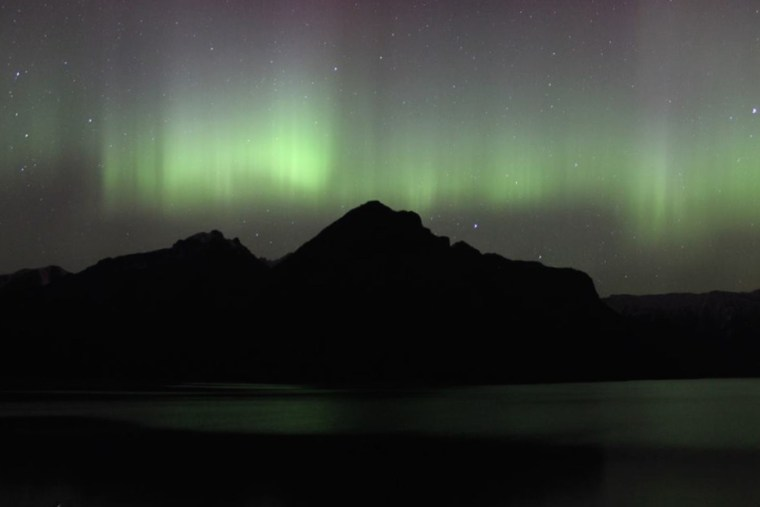 The Beginners Guide To Aurora Borealis - www.sevencontinentssasha.com