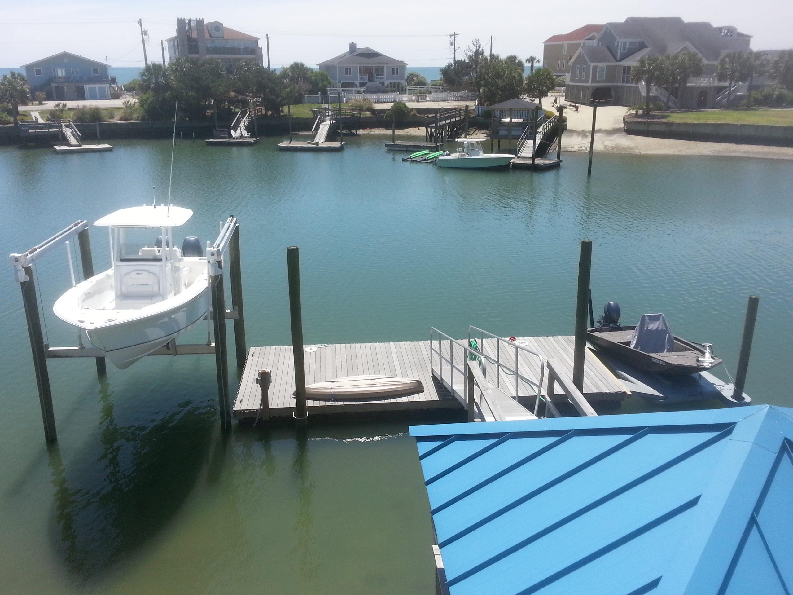 Plummer Boatlift and Retreat floating boat storage
