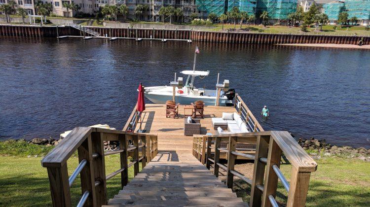 Marine Construction Custom Built Dock Boatlift