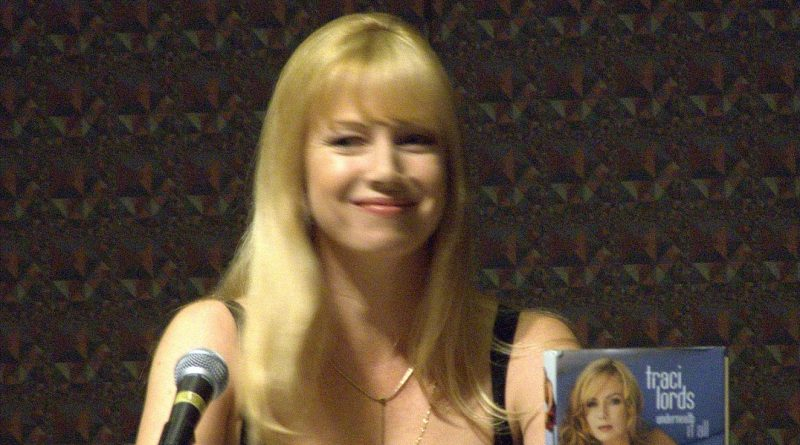 Traci_Lords_DragonCon_2006