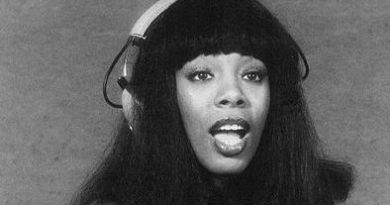Donna Summer 1977