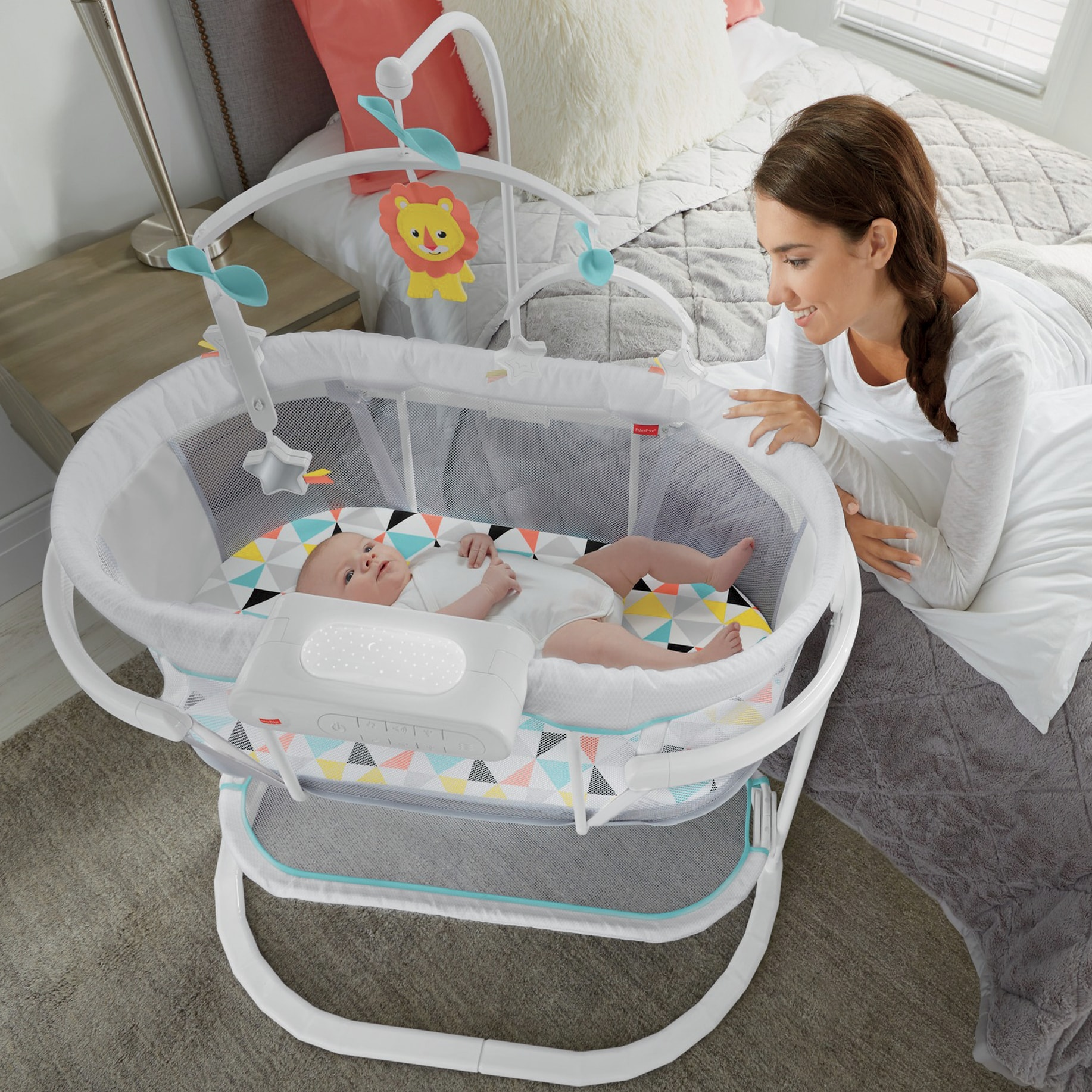 Soothing Motion Bassinet by FisherPrice Seventh Avenue