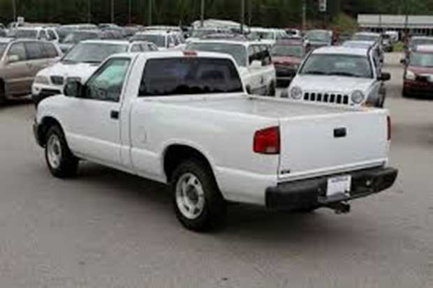 Merly Jackson may be driving a vehicle similar to this. Photo not the actual vehicle.